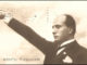 Mussolini saluto romano